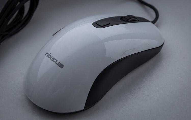 nixeus revel mouse